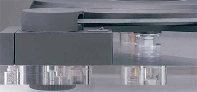 Столы LP-проигрывателей часто изготавливают из материалов с хорошими виброгасящими свойствами