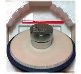 Прижим (клемп) & Дисковый очиститель кантиливера (иглы): Nagaoka Round Cleaner RC 401 art 3074